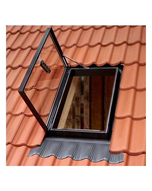velux rooflights for uninhabited spaces velux roof windows roof windows pitched roofing. Black Bedroom Furniture Sets. Home Design Ideas